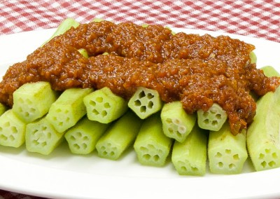 Steamed Lady's Fingers with Sambal